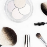 makeup trends makeup brushes